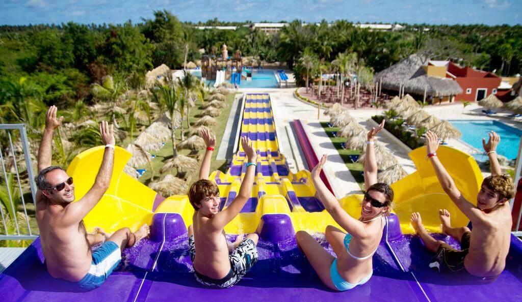 https://active-voyages.fr/wp-content/uploads/2019/02/Grand-Sirenis-Punta-Cana-Resort-Casino-Aquagames-depart-Montpellier.jpg