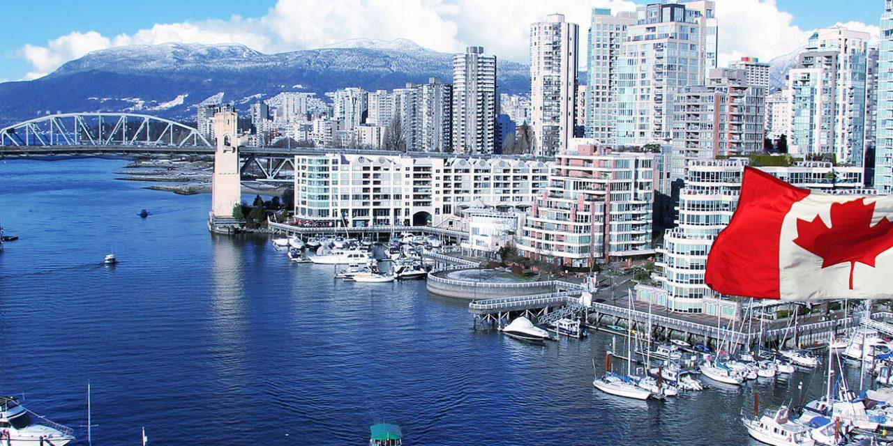 https://active-voyages.fr/wp-content/uploads/2019/05/Drapeau-canadien-en-face-de-False-Creek-et-du-pont-de-la-rue-Burrard-à-Vancouver-au-Canada_Voyage_sur_mesure_voyage_en_famille_active_voyages_Montpellier-1280x640.jpg