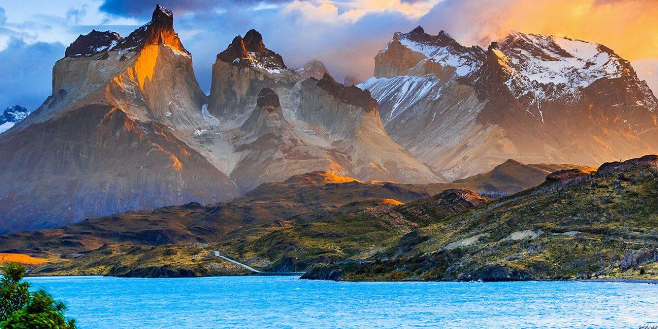 https://active-voyages.fr/wp-content/uploads/2019/05/Parc-national-de-Torres-Del-Paine-Chili_Voyage_sur_mesure_voyage_en_famille_active_voyages_Montpellier-1280x640.jpg