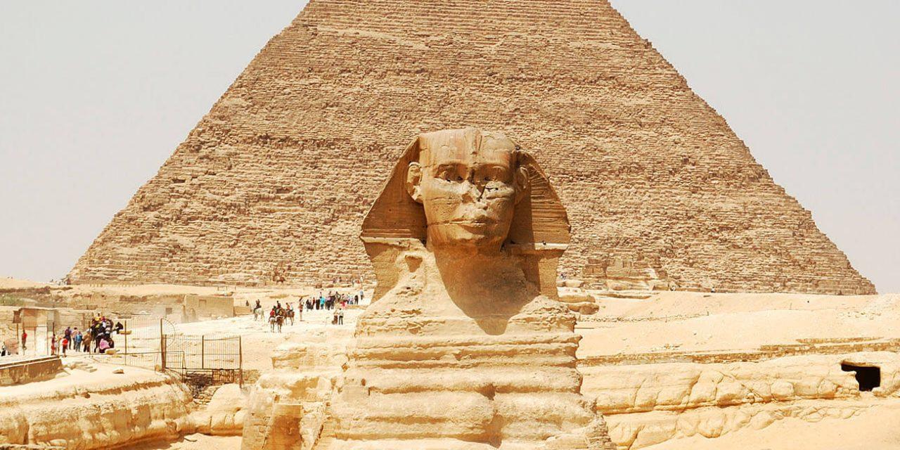 https://active-voyages.fr/wp-content/uploads/2019/05/Spynx-visage-sur-la-pyramide-de-Gizeh-fond-Le-Caire-Egypte_Voyage_sur_mesure_voyage_en_famille_active_voyages_Montpellier-1280x640.jpg