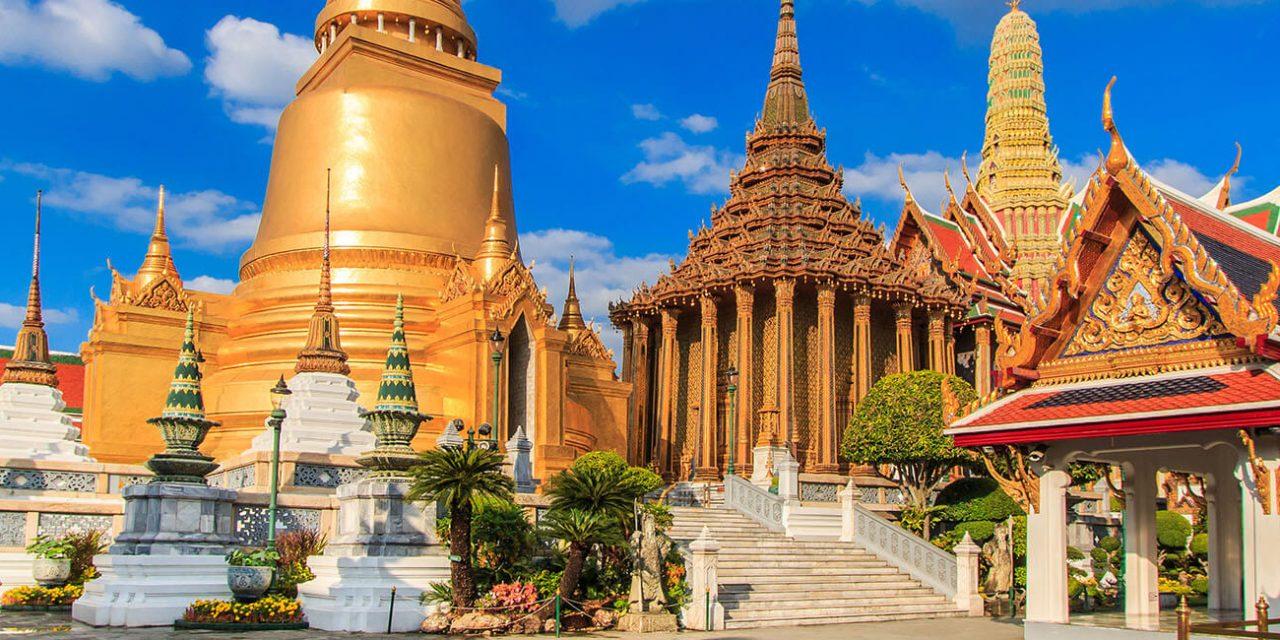 https://active-voyages.fr/wp-content/uploads/2019/06/Wat-Phra-Kaeo-Temple-du-Bouddha-démeraude-à-Bangkok-Asie-Thaïlande_Voyage_cousu_main_voyage_sur_mesure_voyage_en_famille_active_voyages_Montpellier-1280x640.jpg