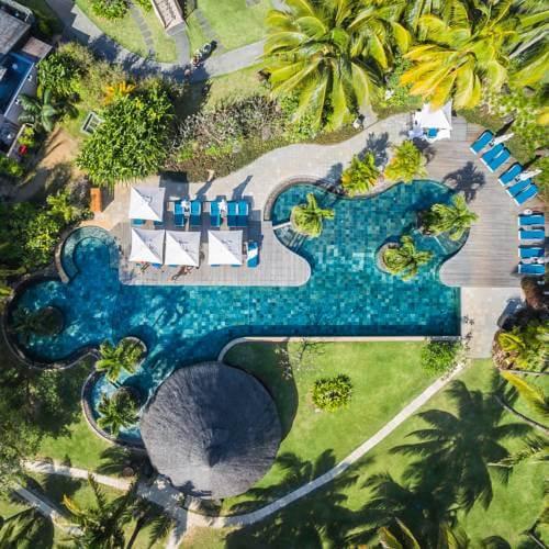https://active-voyages.fr/wp-content/uploads/2019/09/LUX-Le-Morne-Resort-Ile-Maurice-5.jpg