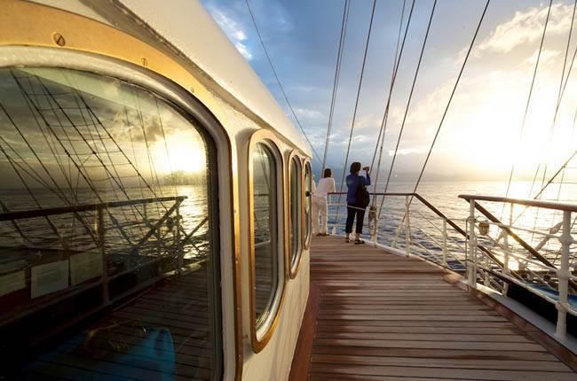 https://active-voyages.fr/wp-content/uploads/2020/01/Croatia-Montenegro-Royal-Clipper-à-bord-du-Royal-Clipper-au-départ-de-Venise-7.jpg