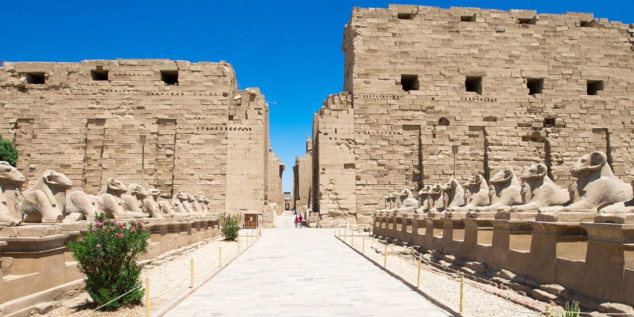 https://active-voyages.fr/wp-content/uploads/2020/02/Afrique-Egypte-Louxor-temple-de-Karnak-1280x640.jpg