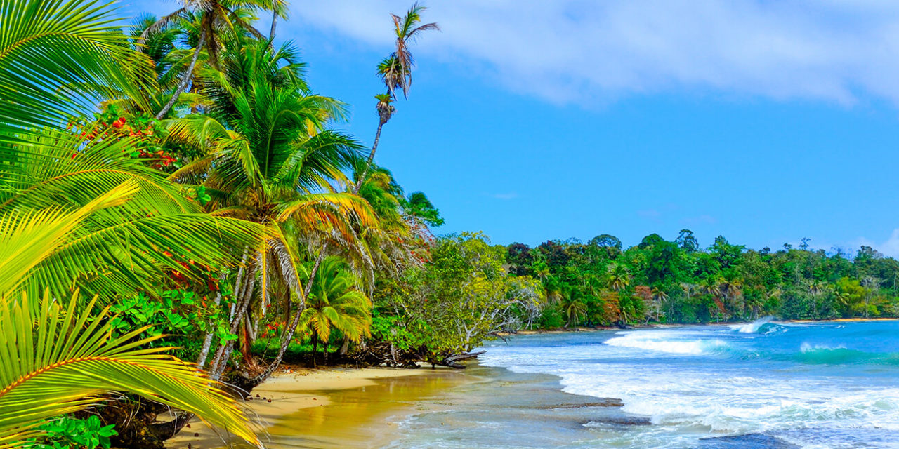 https://active-voyages.fr/wp-content/uploads/2020/02/Bocas-del-Toro-Island-Colon-Panama-1280x640.jpg