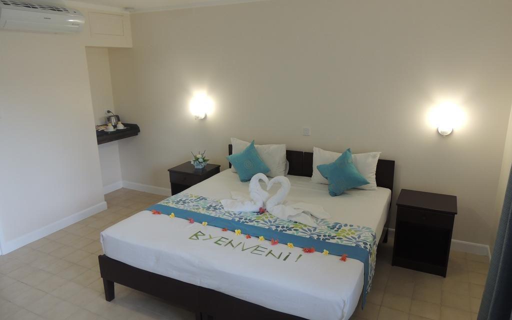 https://active-voyages.fr/wp-content/uploads/2020/02/Hotel-La-Roussette-1024x640.jpg