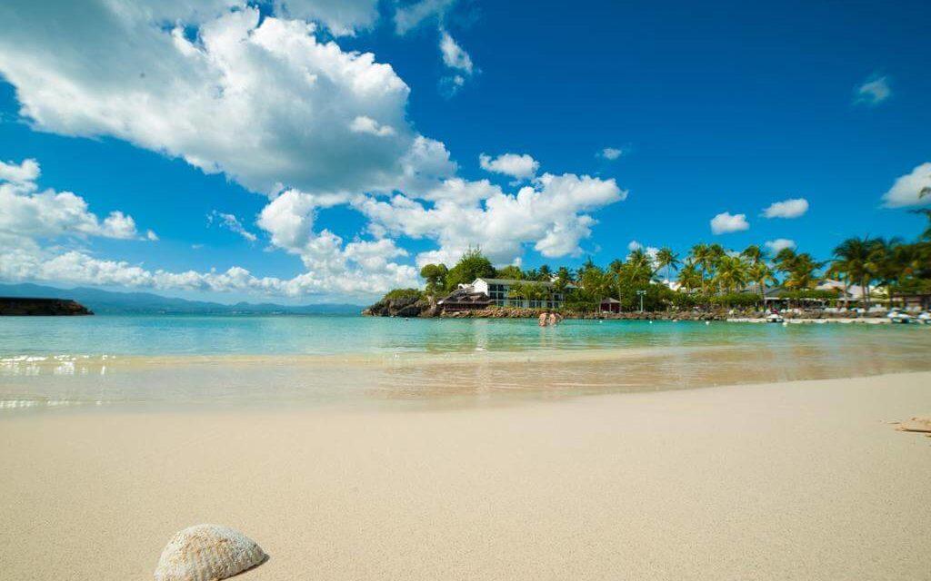 https://active-voyages.fr/wp-content/uploads/2020/02/La-Creole-Beach-Hotel-Spa-hôtel-4-étoiles-Le-Gosier-Guadeloupe-42-1024x640.jpg