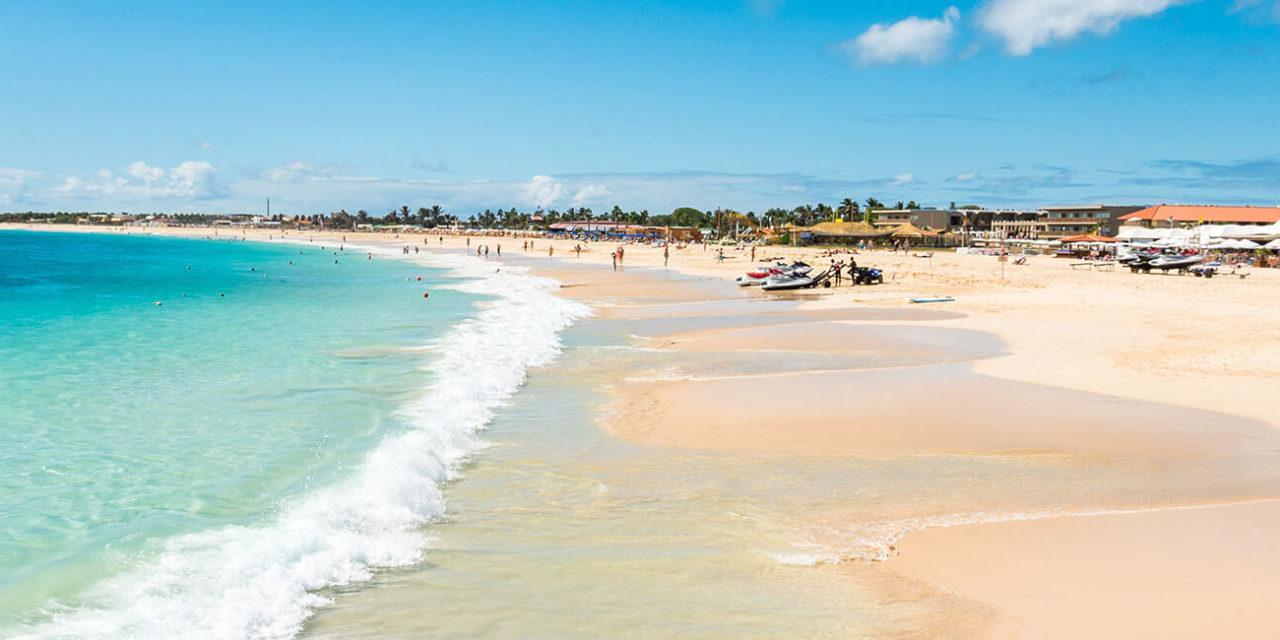 https://active-voyages.fr/wp-content/uploads/2020/02/La-plage-de-Santa-Maria-in-Sal-Cap-Vert-Cabo-Verde-1280x640.jpg