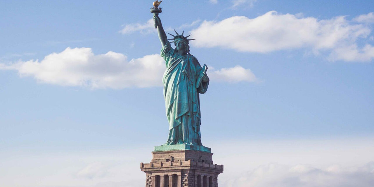 https://active-voyages.fr/wp-content/uploads/2020/02/New-York-statut-liberté-1280x640.jpg