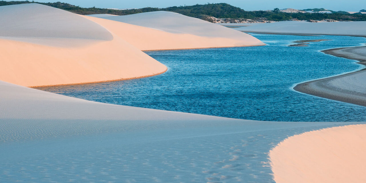 https://active-voyages.fr/wp-content/uploads/2020/02/Parc-National-de-Lencois-Maranhenses-Brésil-1280x640.jpg