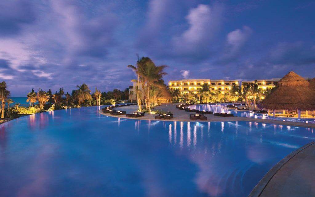 https://active-voyages.fr/wp-content/uploads/2020/02/Secrets-Maroma-Beach-Riviera-Cancun4-1024x640.jpg