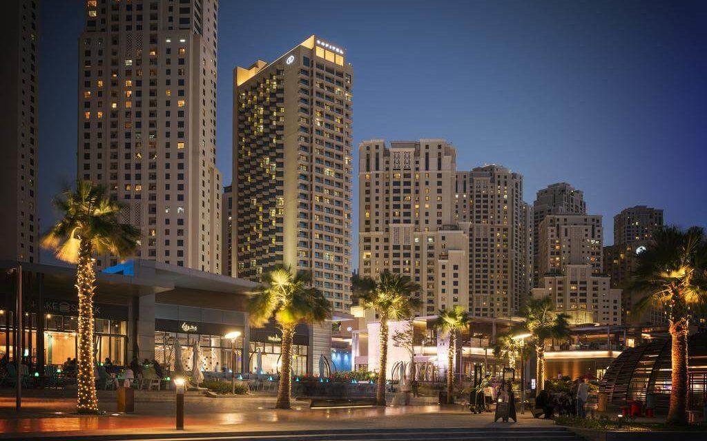 https://active-voyages.fr/wp-content/uploads/2020/02/Sofitel-Dubai-Jumeirah-Beach-6-1024x640.jpg