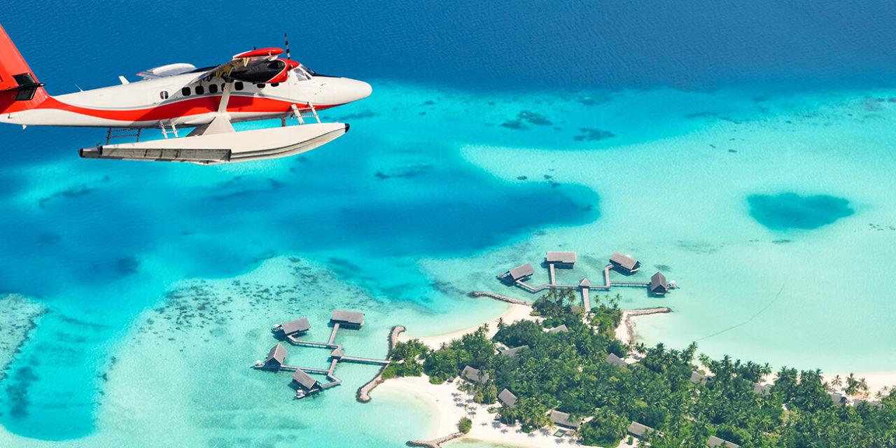 https://active-voyages.fr/wp-content/uploads/2020/03/Sea-avion-volant-au-dessus-des-îles-Maldives-Raa-atol-1280x640.jpg