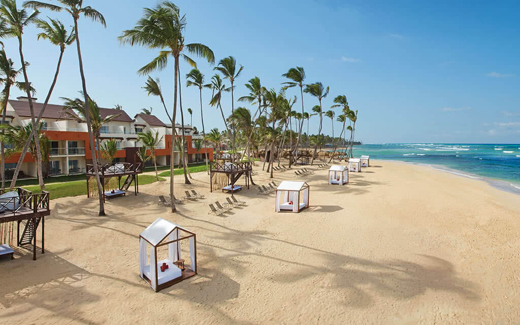 https://active-voyages.fr/wp-content/uploads/2020/04/breathless_punta_cana_resortspa_punta_cana_r-«publique_dominicaine1.jpg