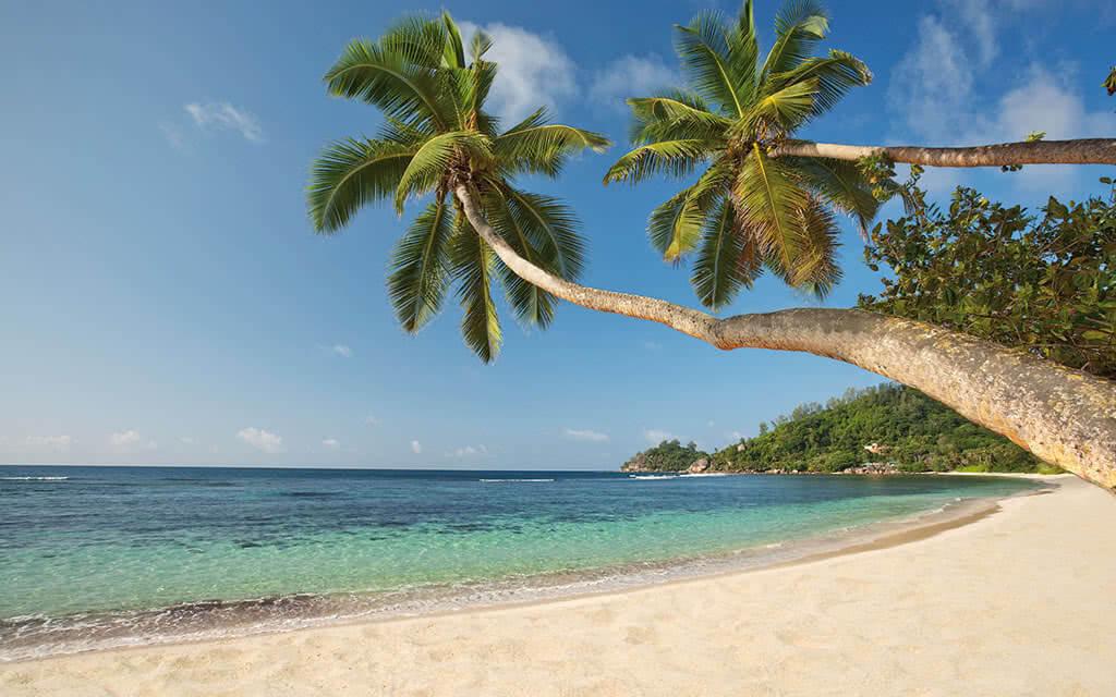 https://active-voyages.fr/wp-content/uploads/2020/04/kempinski_seychelles_resort_baie_lazare_seychelles9.jpg
