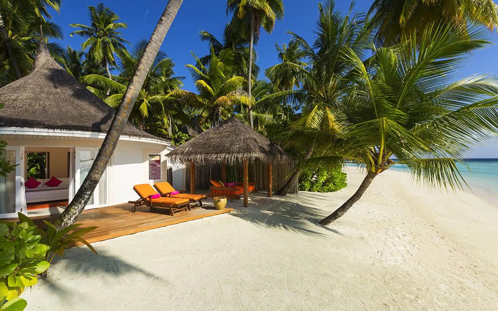 https://active-voyages.fr/wp-content/uploads/2020/04/sun_aqua_vilu_reef_maldives3.jpg
